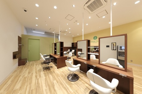 【営業時間が短い美容室】スタッフ平均47歳!永く美容師が楽しめる理由あり!一人営業・長時間勤務無!